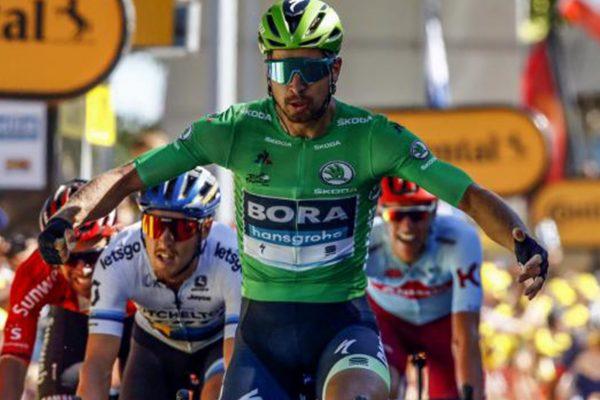 61ab4cf42b53e Peter Sagan vyhral piatu etapu Tour de France: Treba byť trpezlivý a  víťazstvá prídu