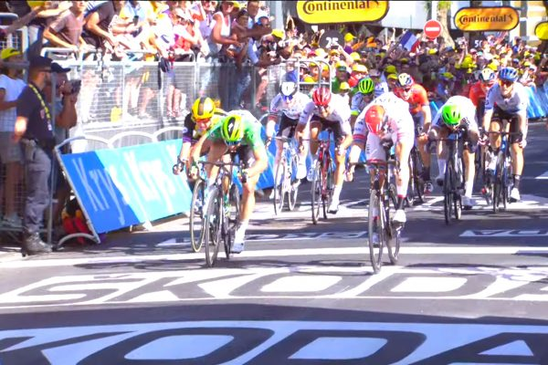 583ee6a543a1d Sagan skončil štvrtý v štvrtej etape Tour de France, záverečný špurt vyhral  Viviani